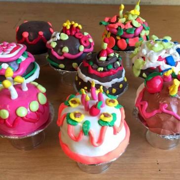 Miniature Cakes with Model Magic