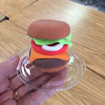 Model Magic Burger