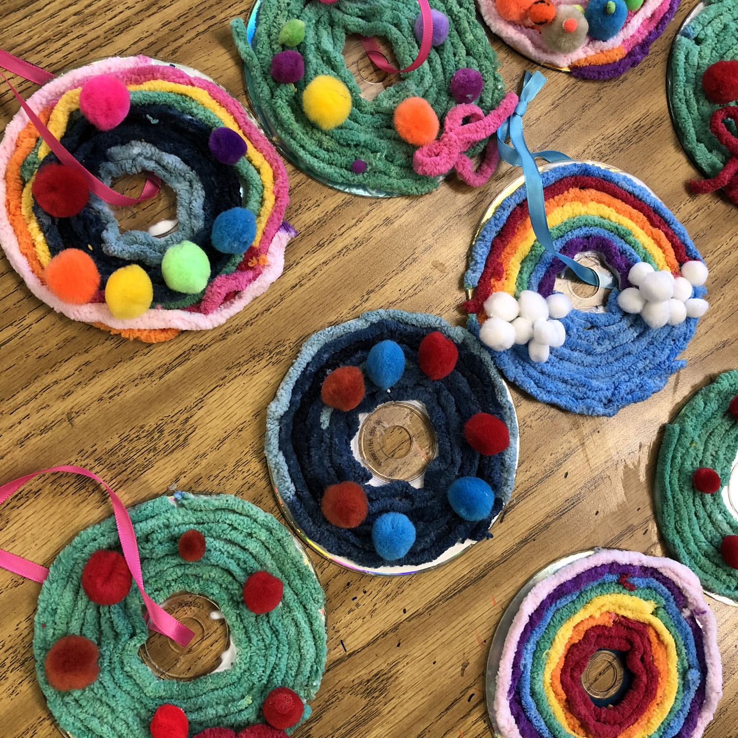 recycled craft with cds wreath art projects for kids